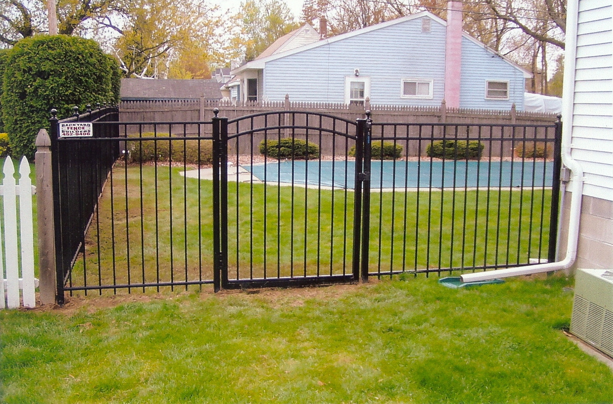 backyard fence and gate backyard fence builders backyard fence decor